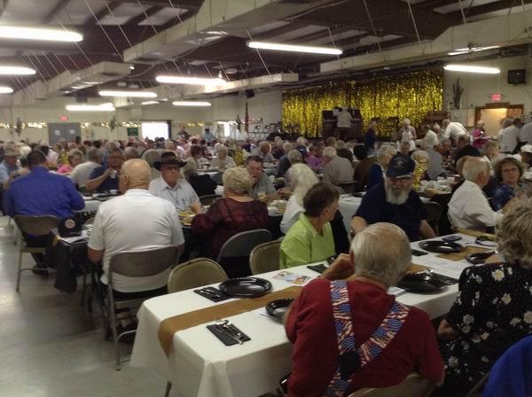 QIA Members enjoying the 50th Dinner