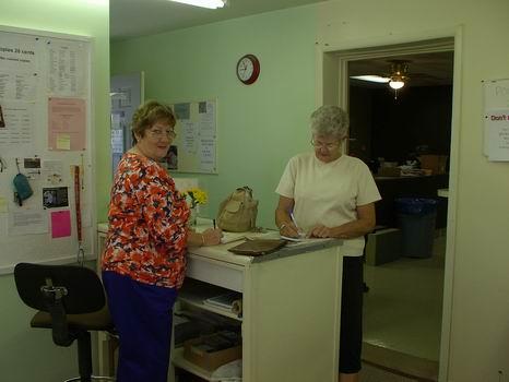 Dawn from Georgia renewing with QIA Volunteer Sharon B
